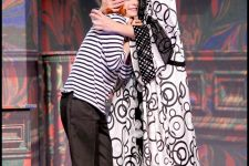 On purge bébé et Léonie est en avance au théâtre du Palais Royal