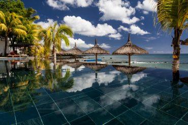 La piscine de l'hôtel le Récif