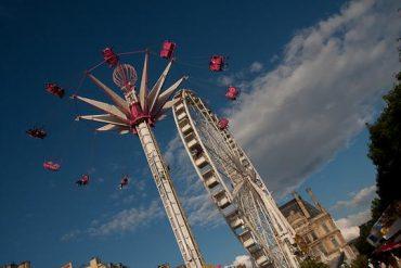 La grande roue devant le Louvre