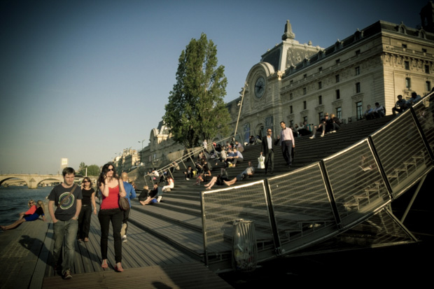Emmarchement devant le musée d'Orsay