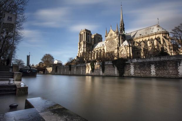 Notre-Dame et la Seine en pose longue
