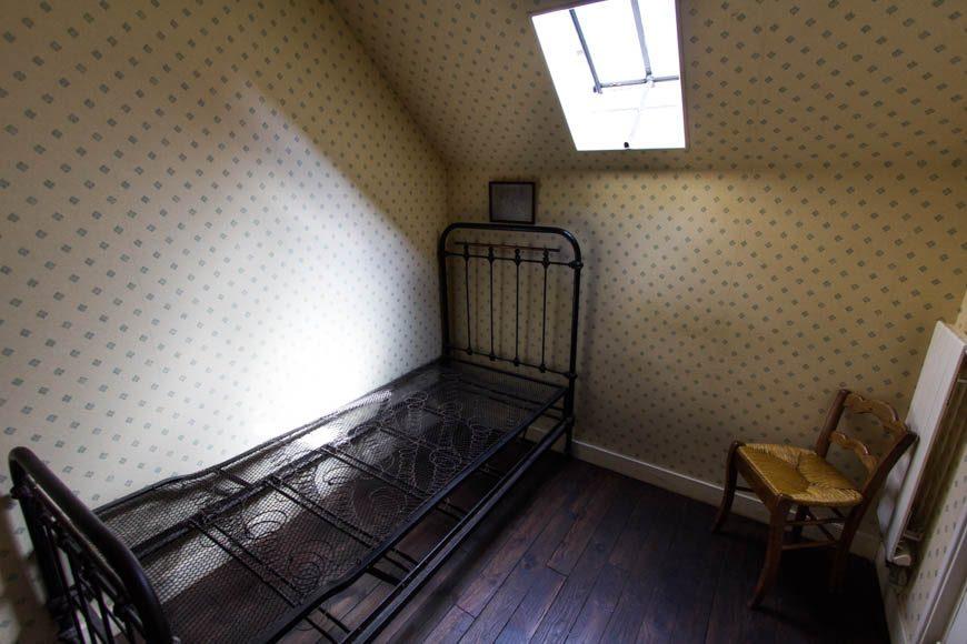 La chambre d'Anton Hirschig, voisine de celle de Van Gogh