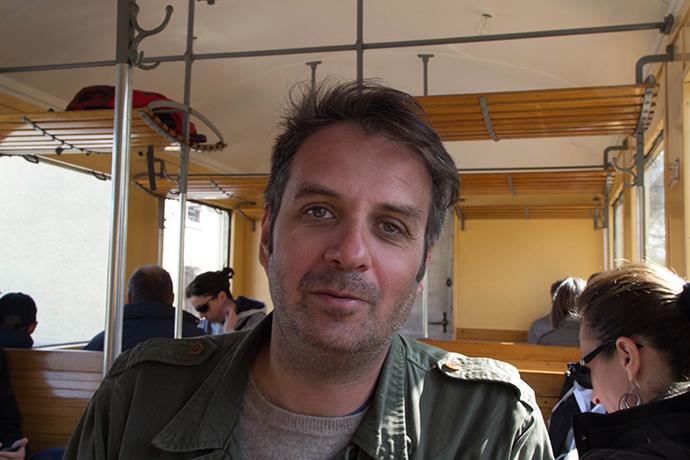 Denis dans le train