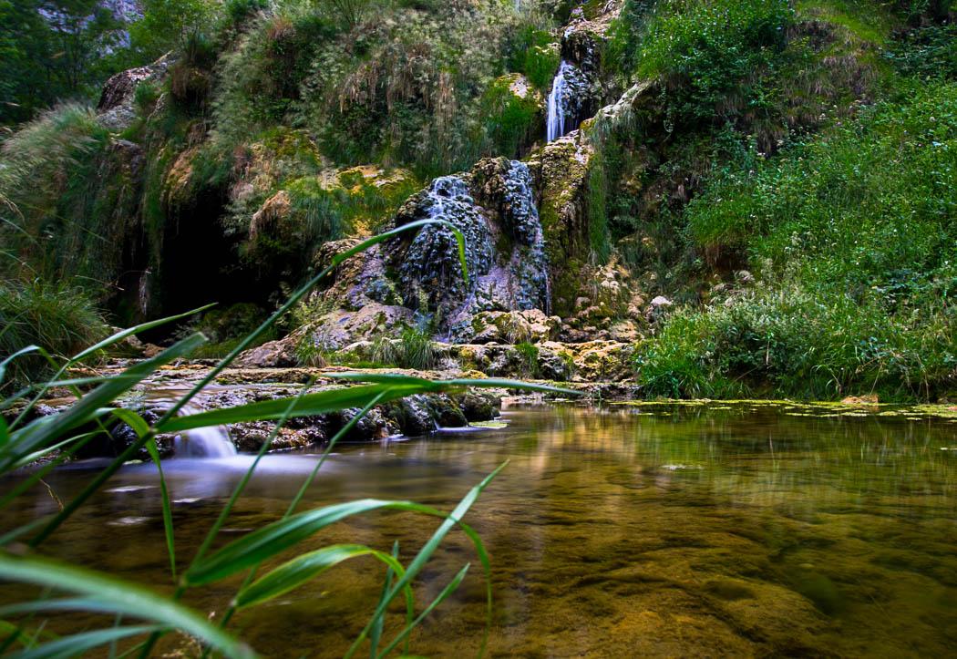 La cascade de Baume-les-Messieurs