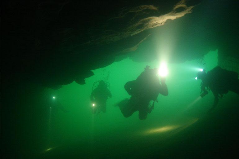 La plongée sous-marine dans les vasques du Quercy