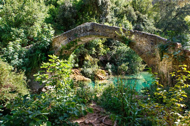 Le pont des Tuves